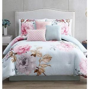 Riverbrook Home Ridgely 7-Pc Comforter Set